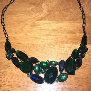 Emerald Green White House Black Market Necklace